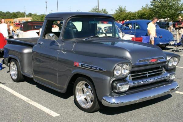 Chevrolet Apache 1962 foto - 1