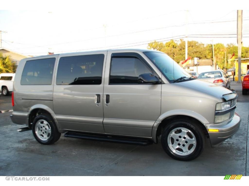 Chevrolet Astro 2005 foto - 1
