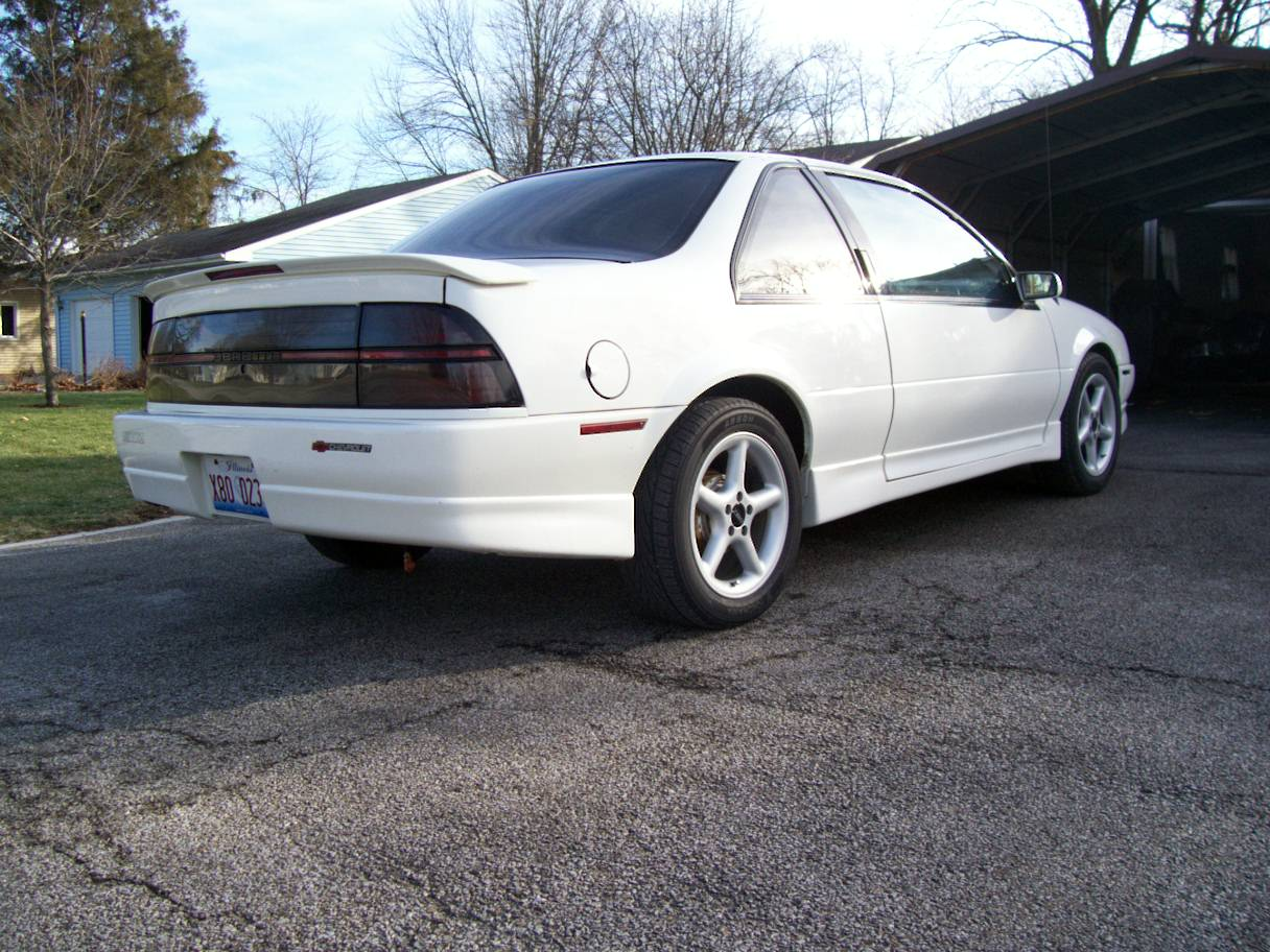 Chevrolet Beretta 1989 foto - 2