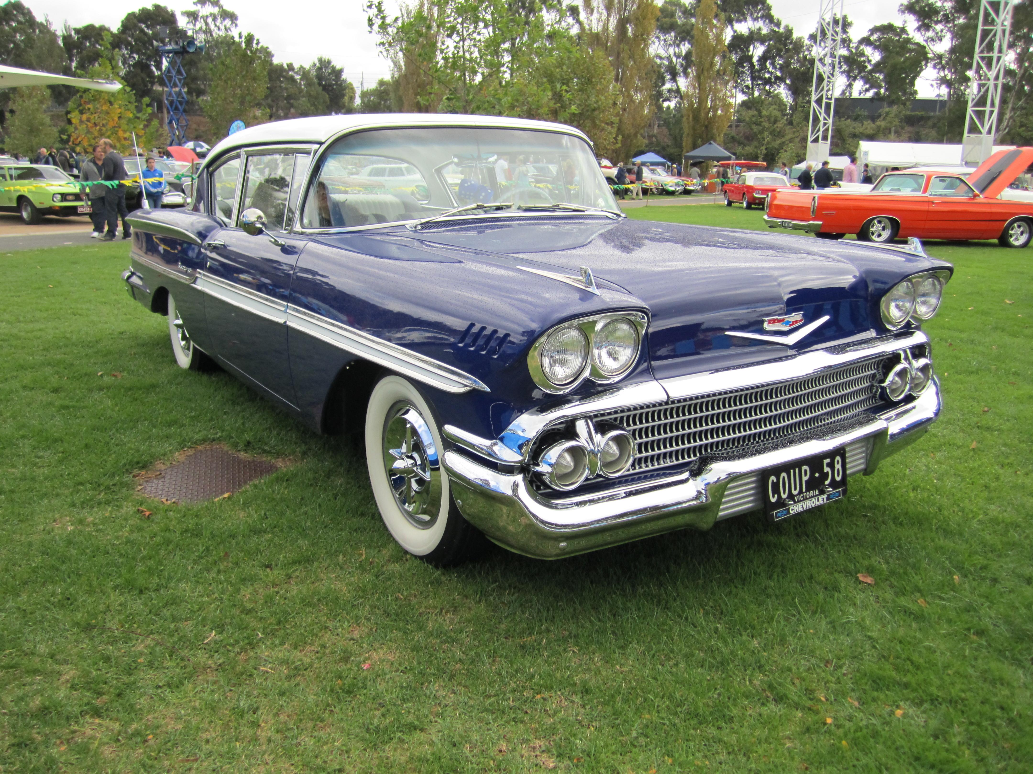 Chevrolet Biscayne 1958 foto - 2