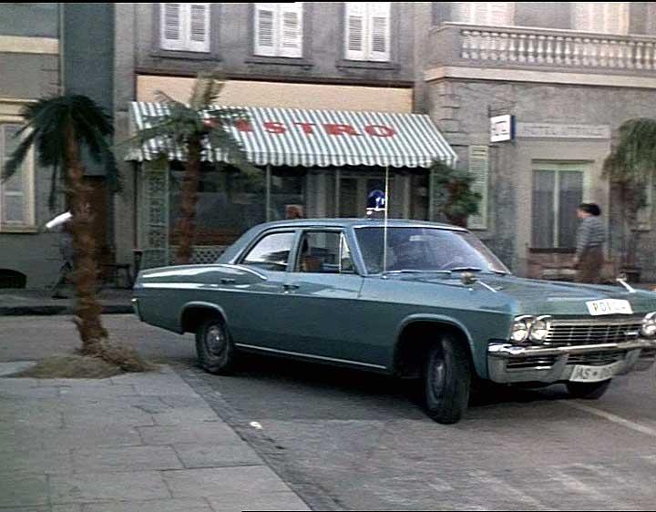 Chevrolet Biscayne 1962 foto - 1