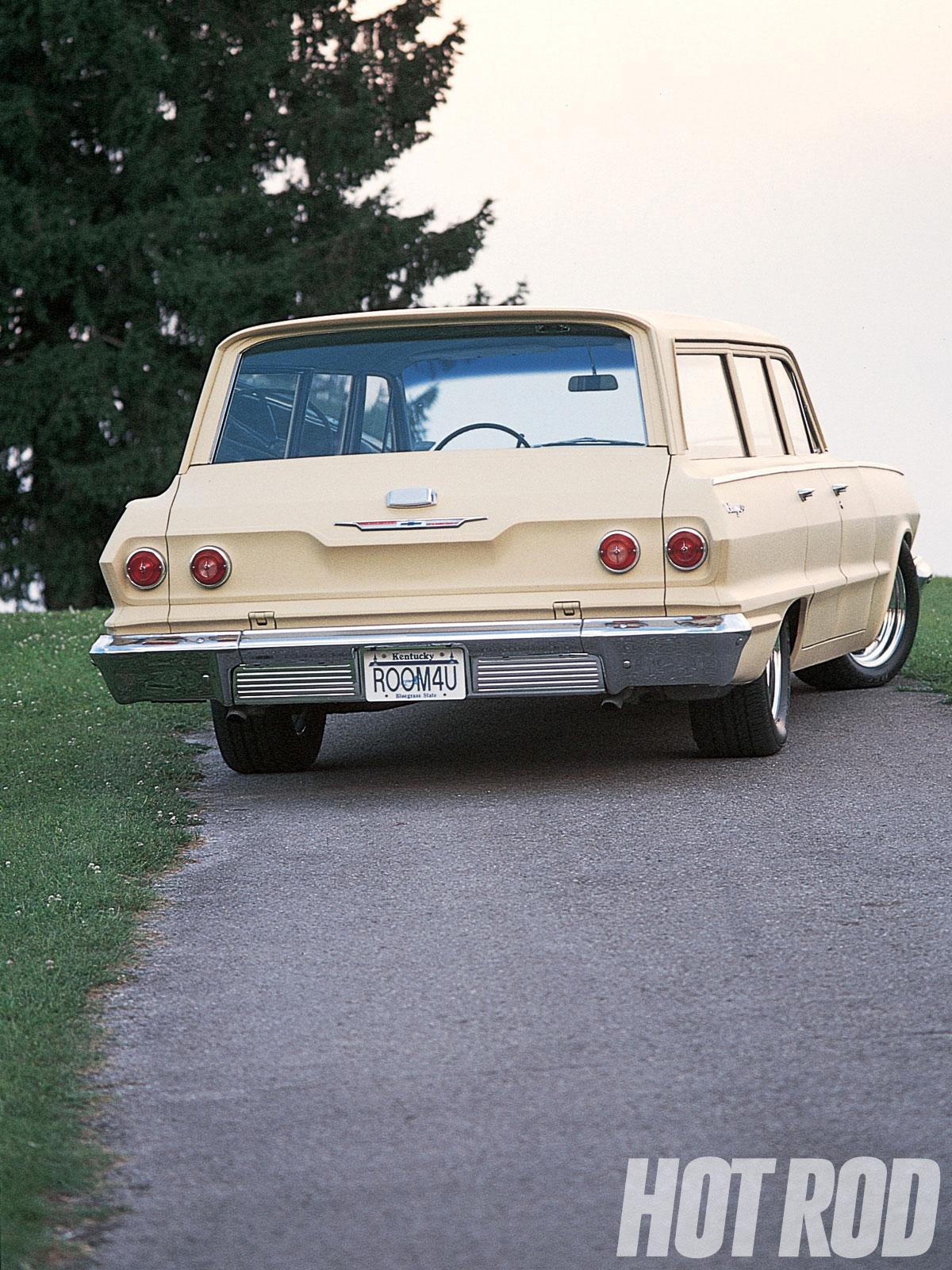 Chevrolet Biscayne 1963 foto - 1
