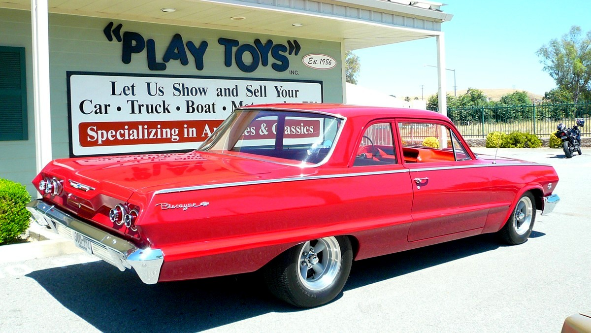 Chevrolet Biscayne 1963 foto - 3