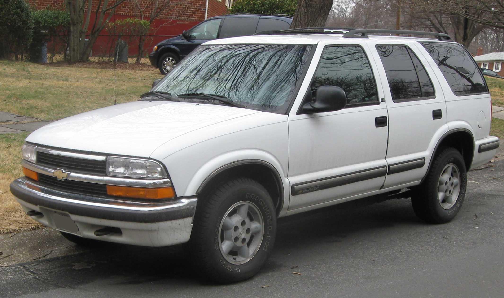 Chevrolet Blazer 1996 foto - 3