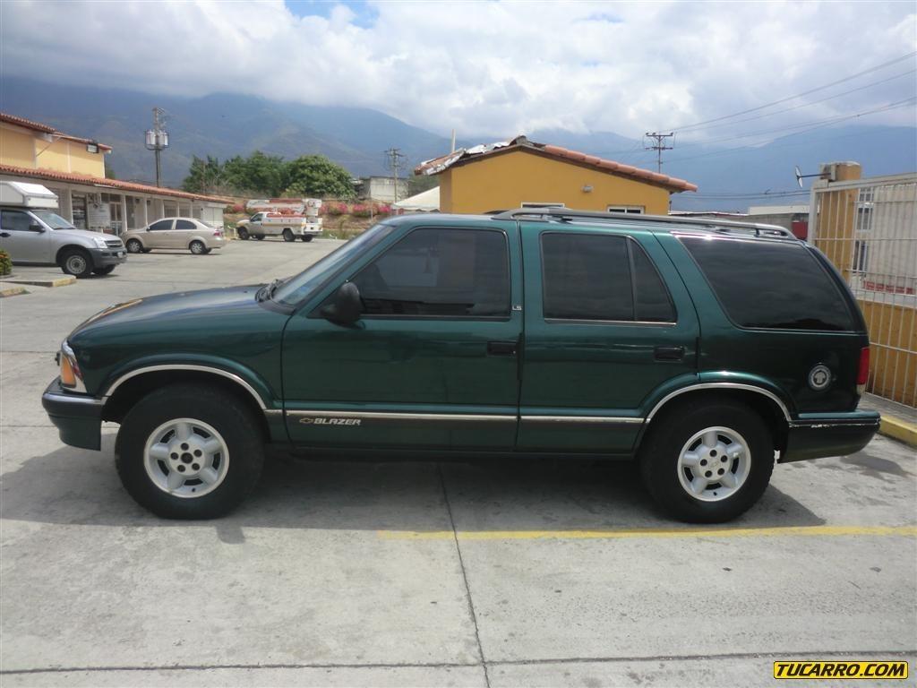 Chevrolet Blazer 1996 foto - 4