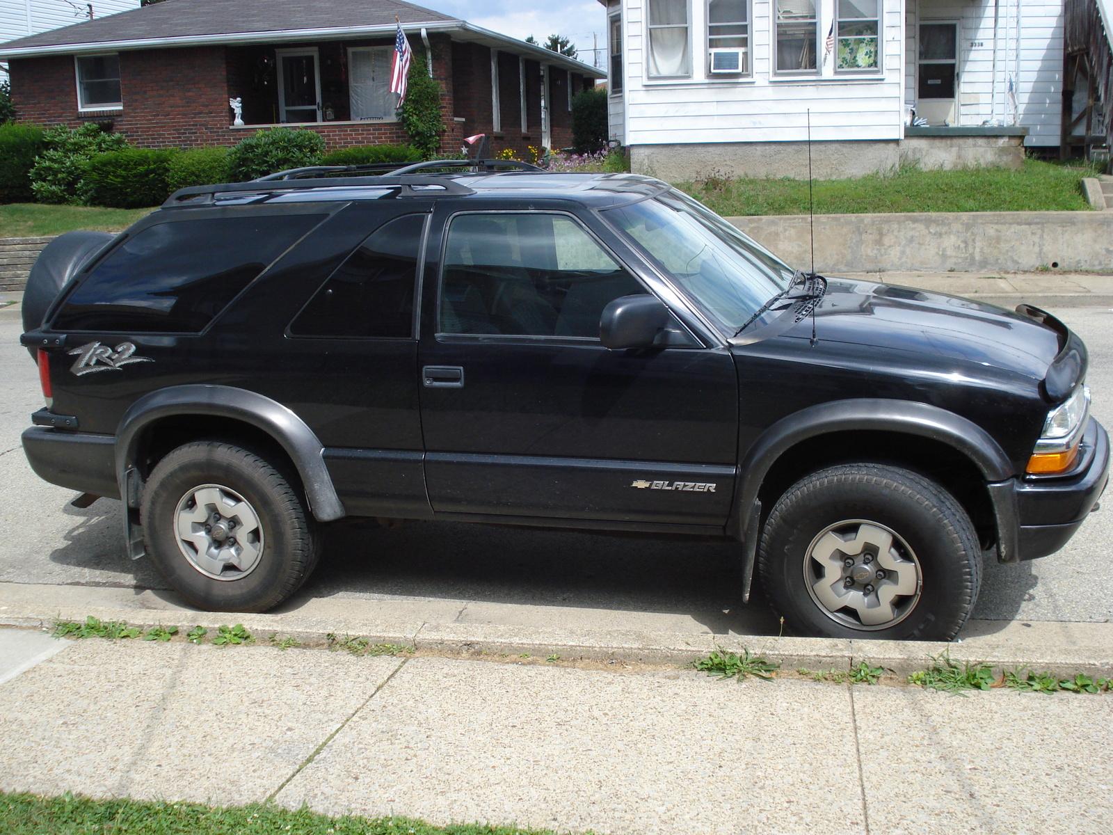 Chevrolet Blazer 2004 foto - 3