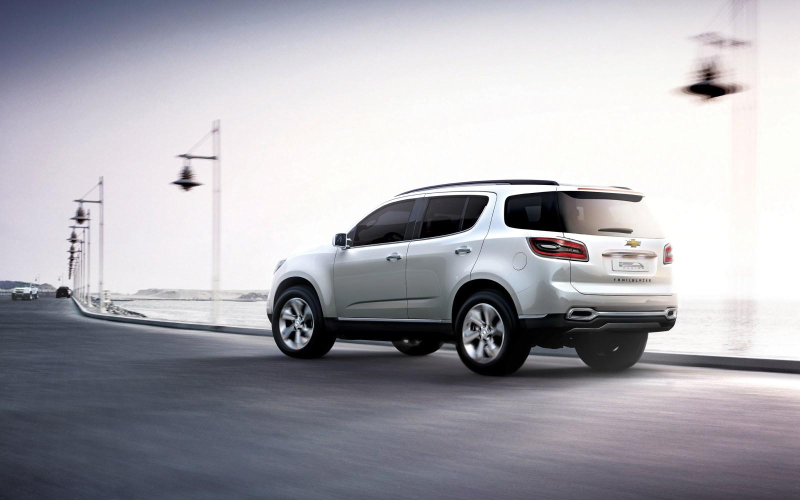Chevrolet Blazer 2012 foto - 4
