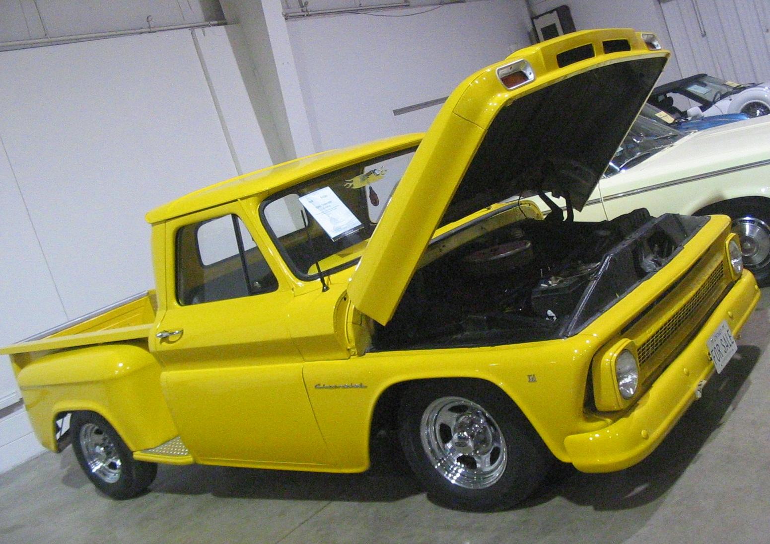 Chevrolet C 10 1984 foto - 2