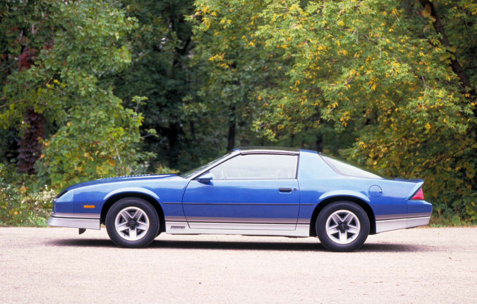 Chevrolet Camaro 1985 foto - 1