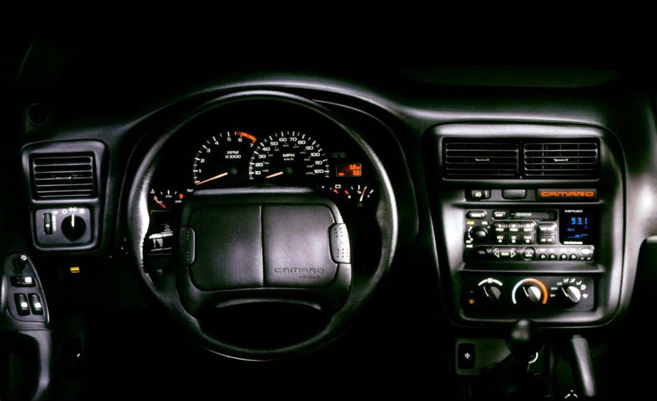 Chevrolet Camaro 1999 foto - 1