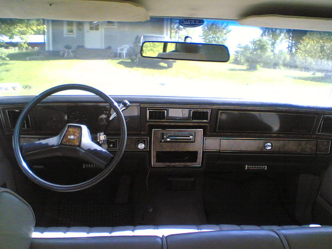 Chevrolet Caprice 1983 foto - 1