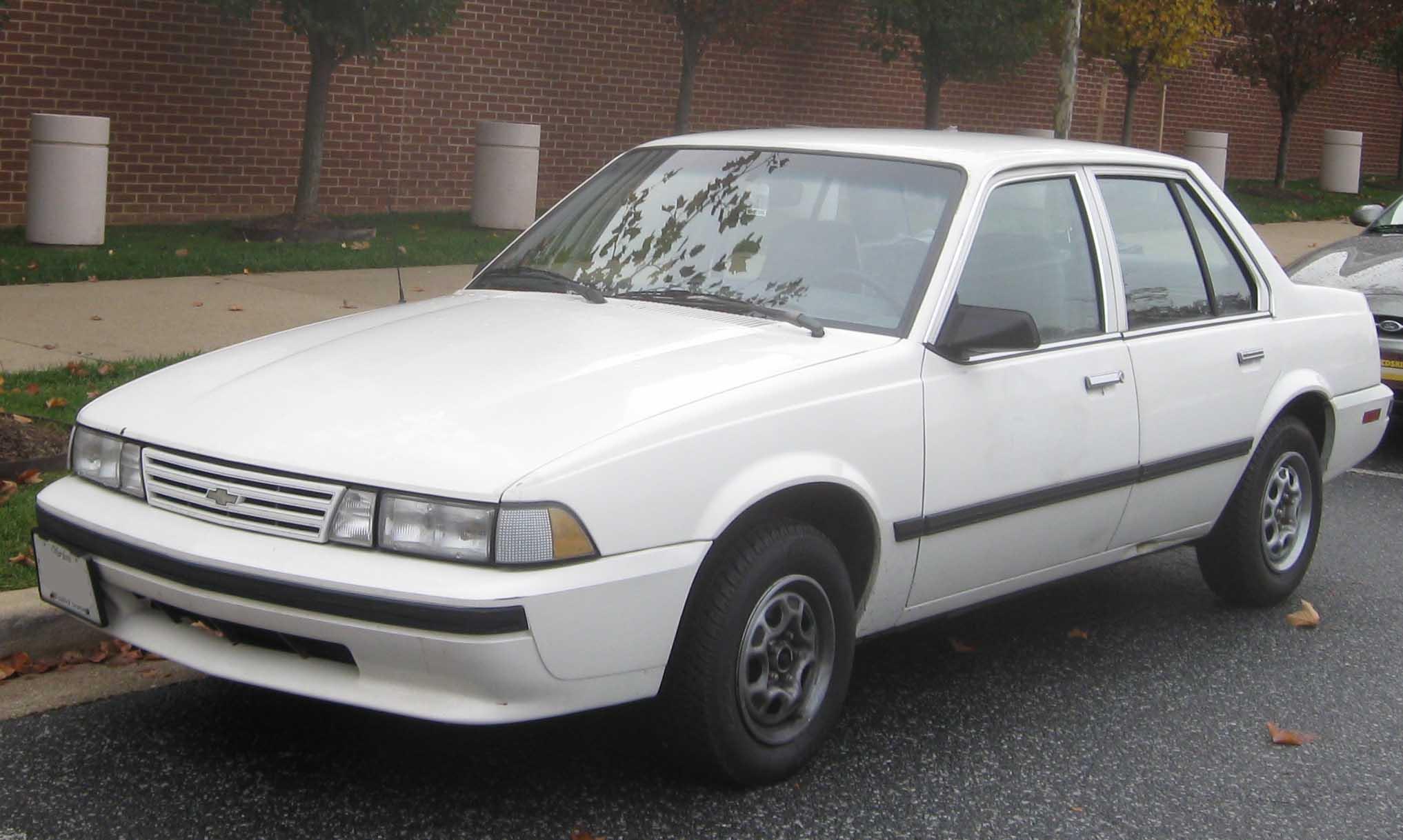 Chevrolet Cavalier 1986 foto - 2
