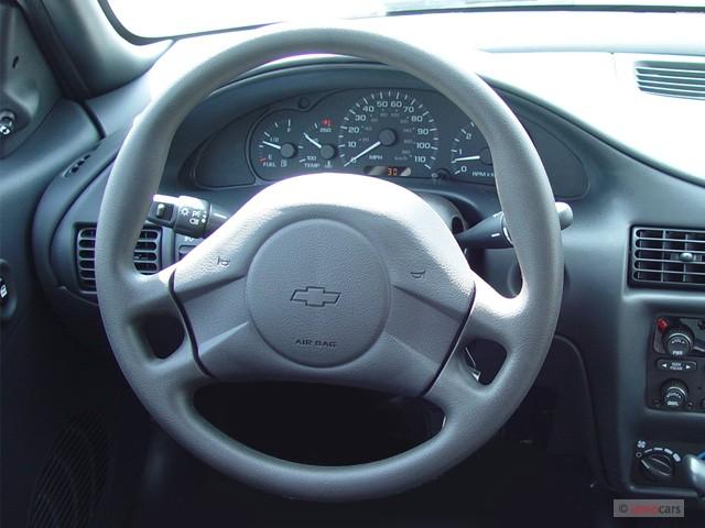 Chevrolet Cavalier 2001 foto - 2