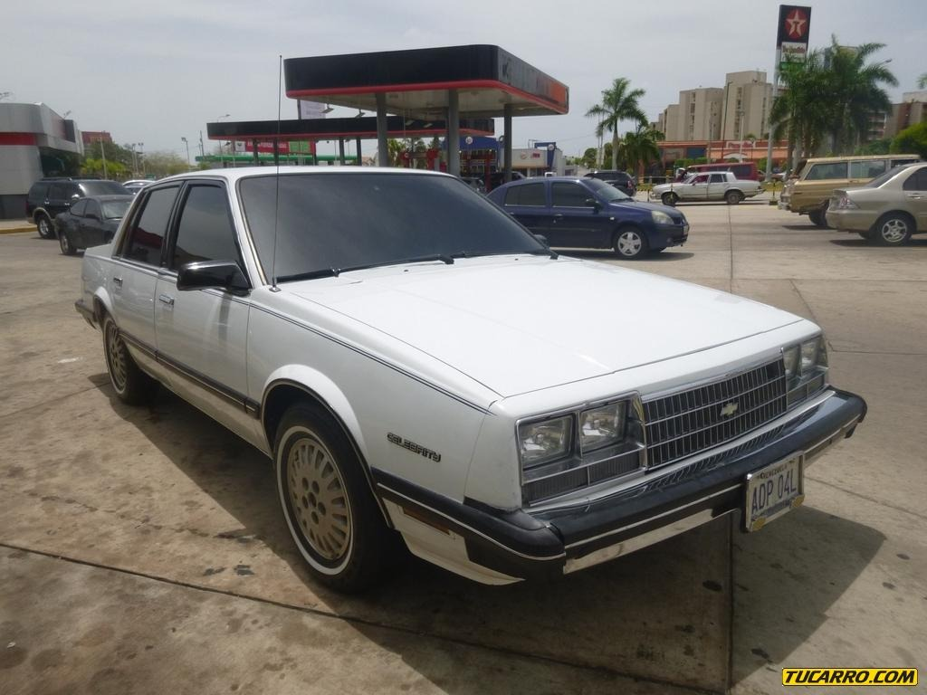 Chevrolet Celebrity 1985 foto - 4