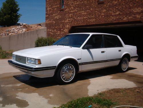 Chevrolet Celebrity 1985 foto - 5