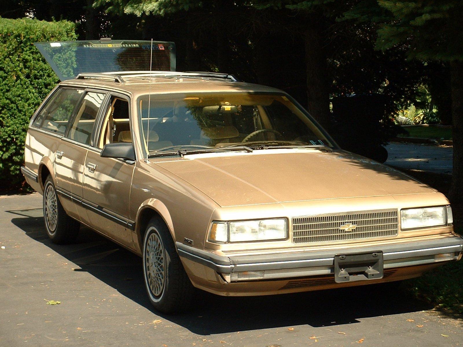 Chevrolet Celebrity 1987 foto - 1