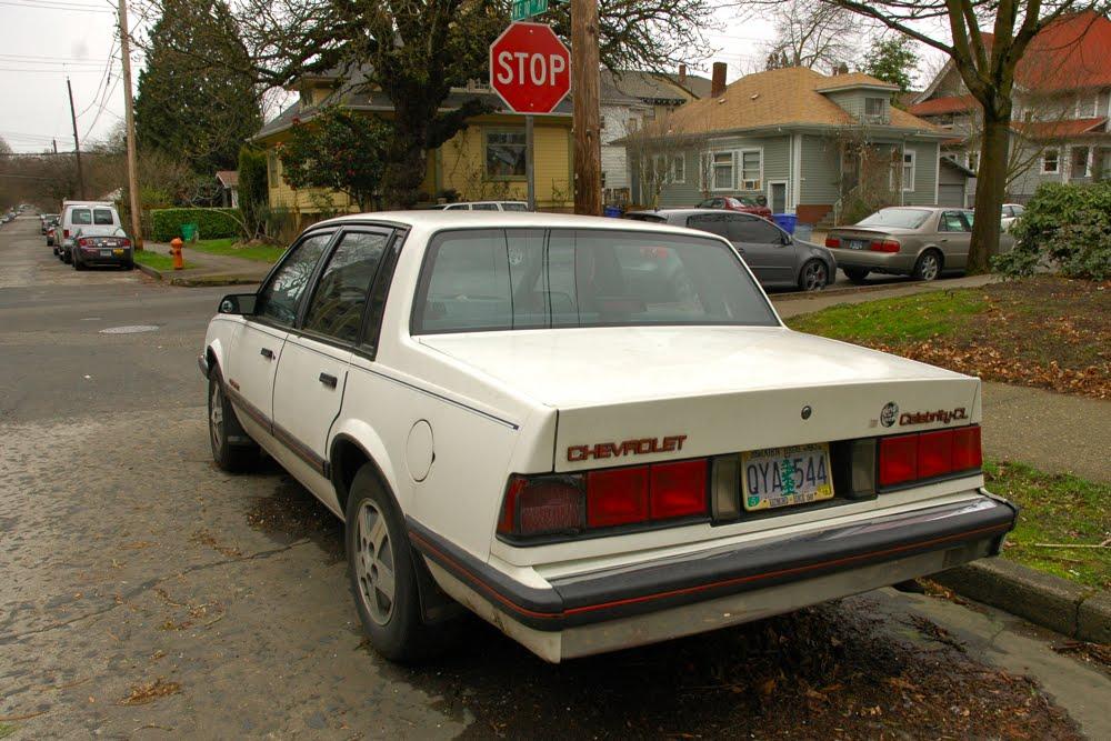 Chevrolet Celebrity 1988 foto - 3