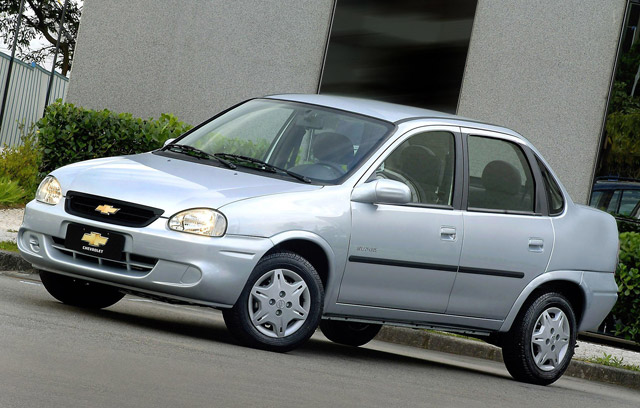 Chevrolet Celta 2000 foto - 3
