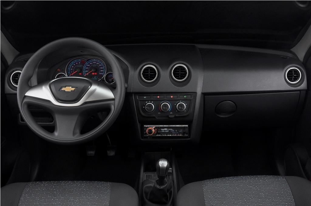 Chevrolet Celta 2012 foto - 2