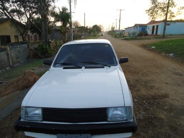 Chevrolet Chevette 1990 foto - 4