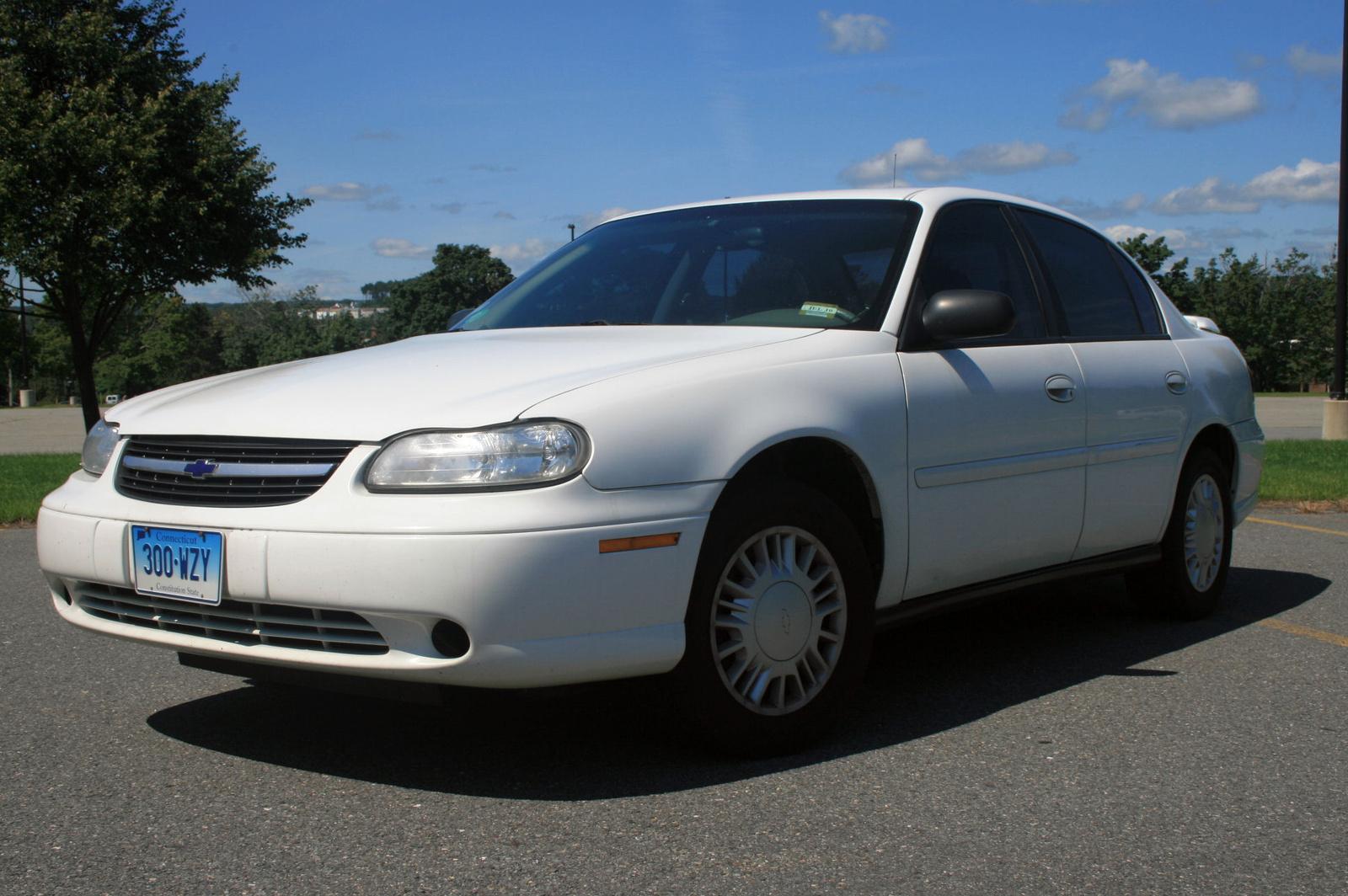 Chevrolet Chevy 2001 foto - 2