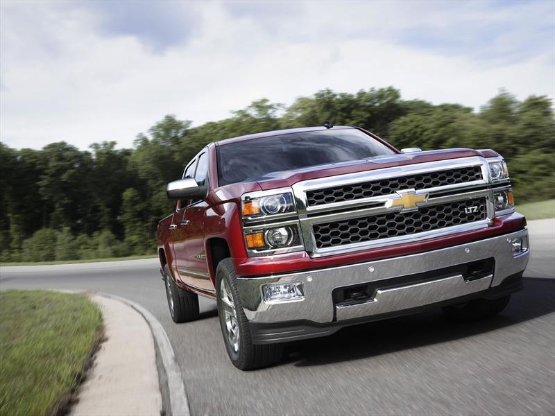 Chevrolet Cheyenne 2014 foto - 2