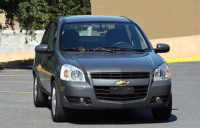 Chevrolet Classic 2012 foto - 2