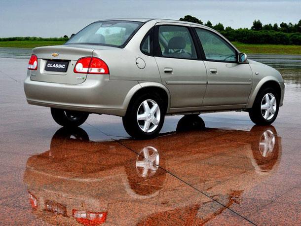 Chevrolet Classic 2012 foto - 3