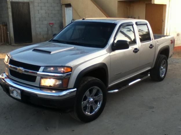 Chevrolet Colorado 2004 foto - 1