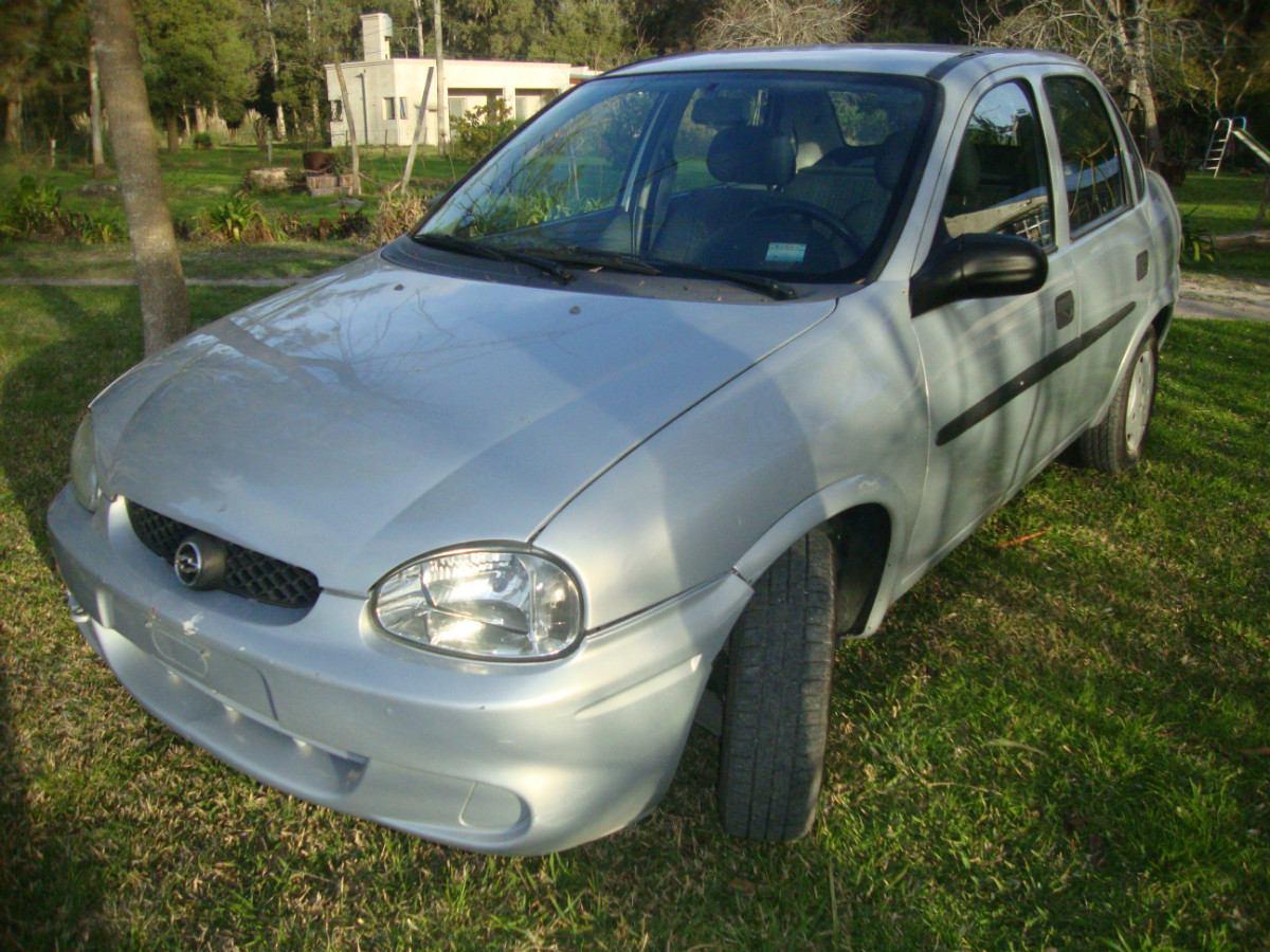 Chevrolet Corsa 2001 foto - 5