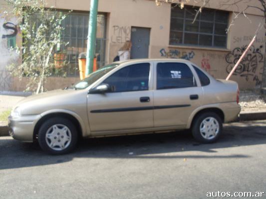 Chevrolet Corsa 2005 foto - 1