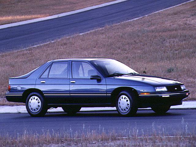 Chevrolet Corsica 1989 foto - 4