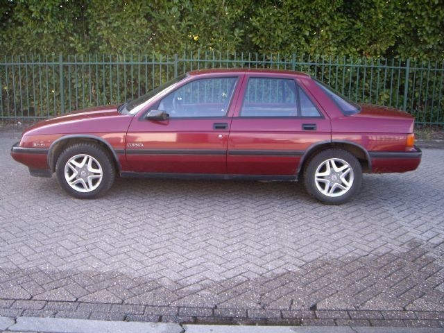 Chevrolet Corsica 1992 foto - 2