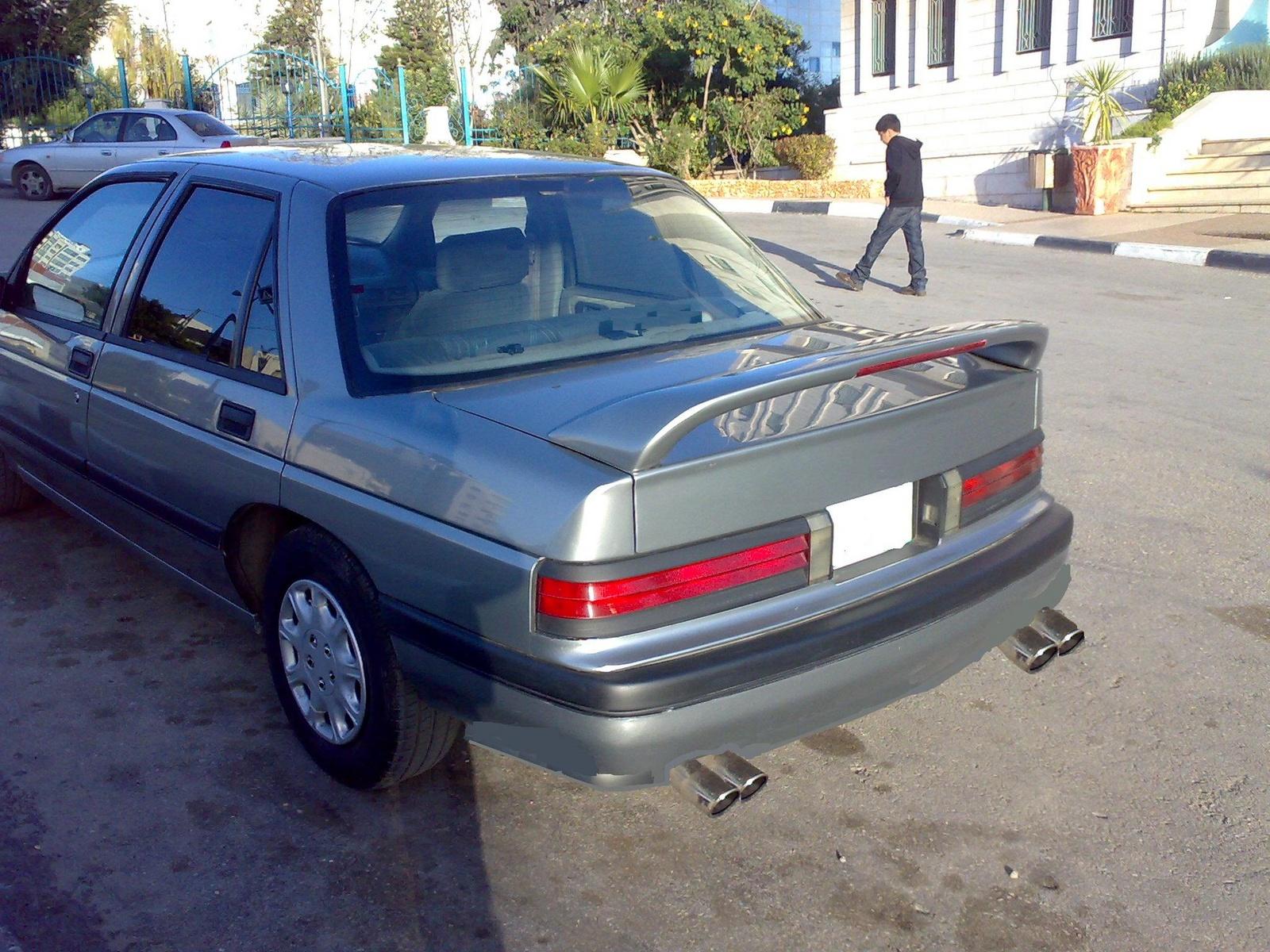 Chevrolet Corsica 1993 foto - 1