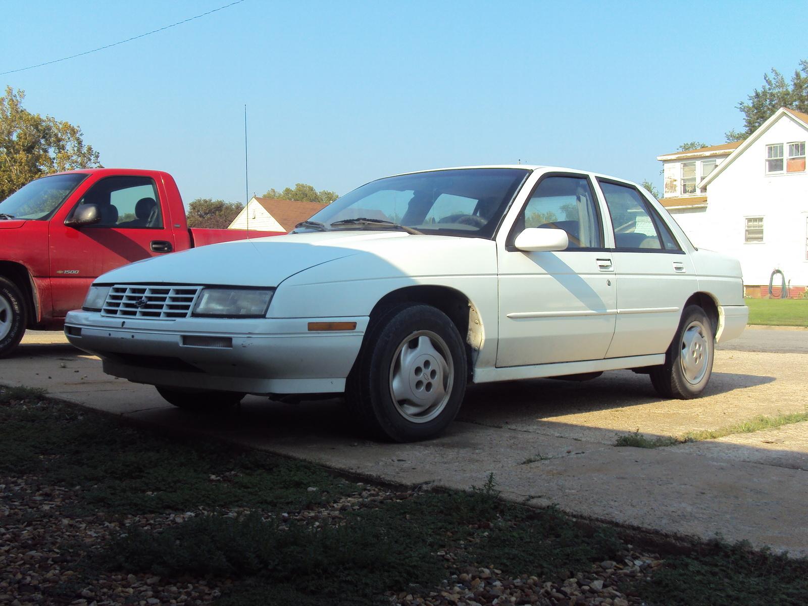 Chevrolet Corsica 1995 foto - 4