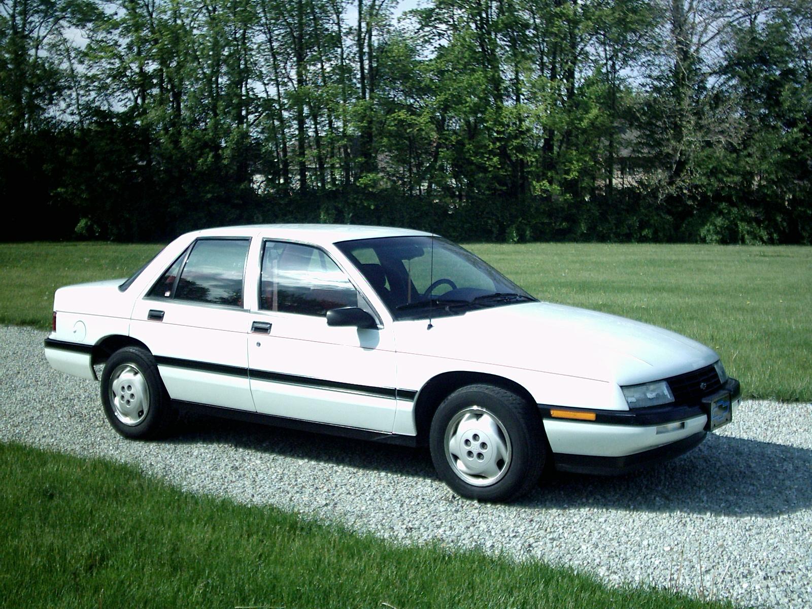 Chevrolet Corsica 1996 foto - 2