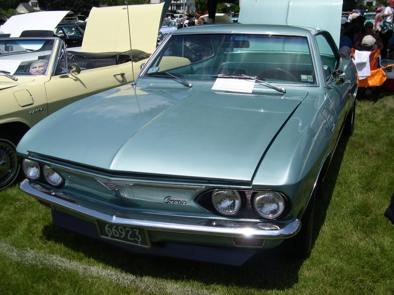 Chevrolet Corvair 1966 foto - 2