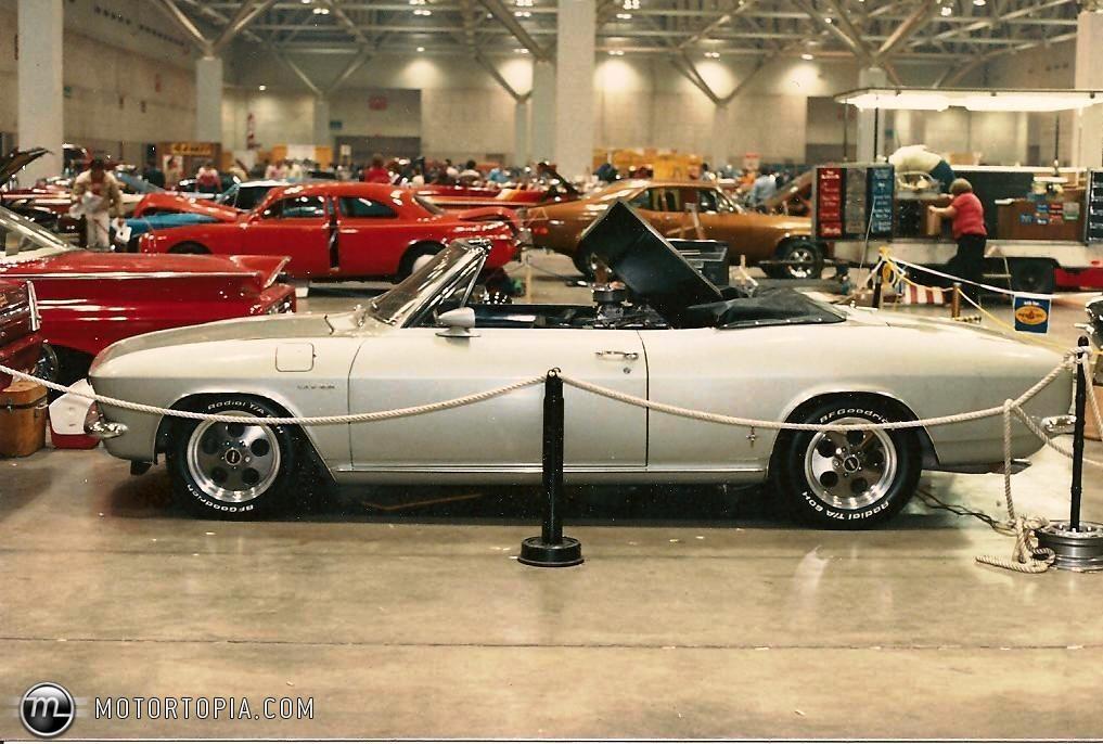 Chevrolet Corvair 1966 foto - 3