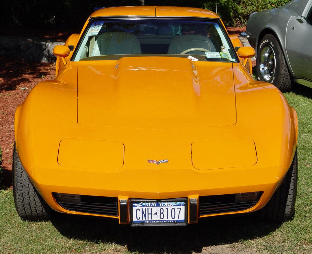 Chevrolet Corvette 1977 foto - 1