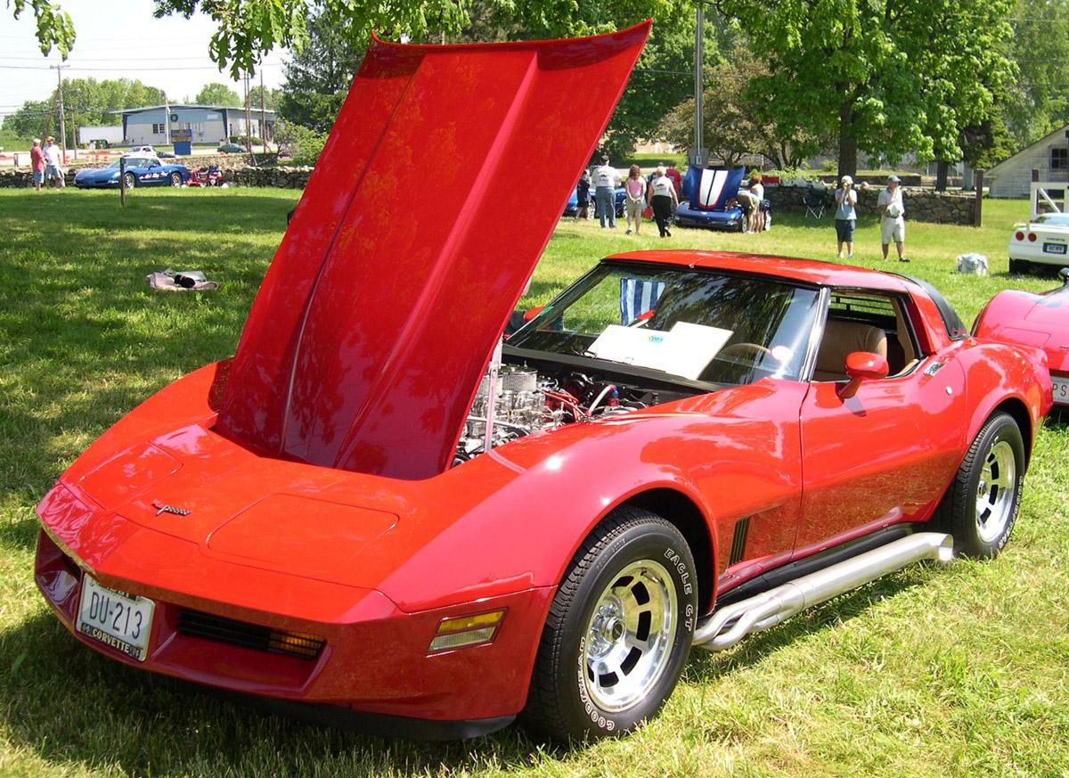 Chevrolet Corvette 1981 foto - 4