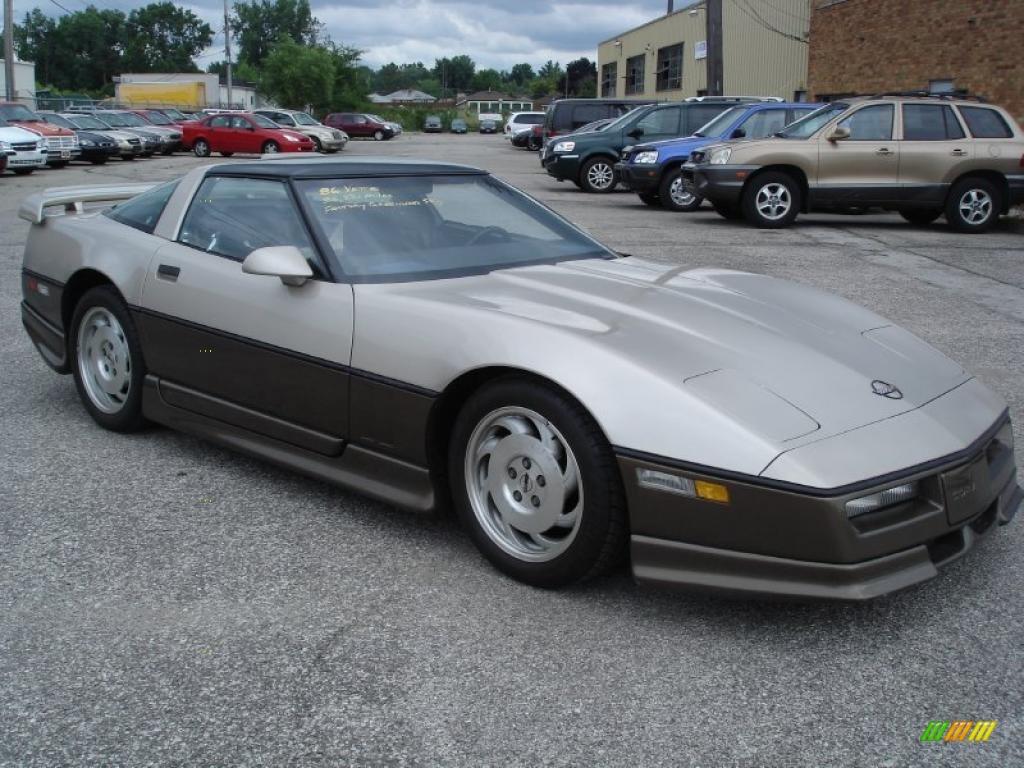 Chevrolet Corvette 1986 foto - 5