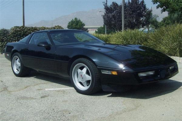 Chevrolet Corvette 1987 foto - 2