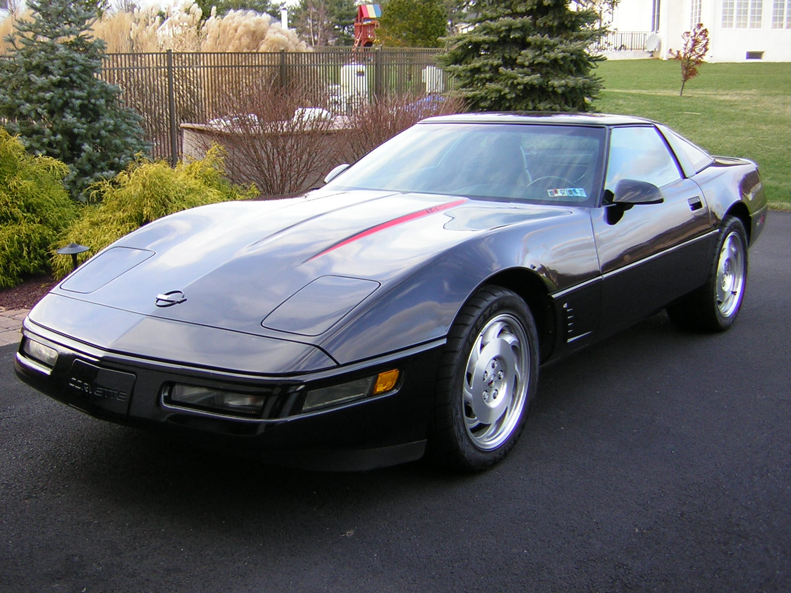 Chevrolet Corvette 1998 foto - 5
