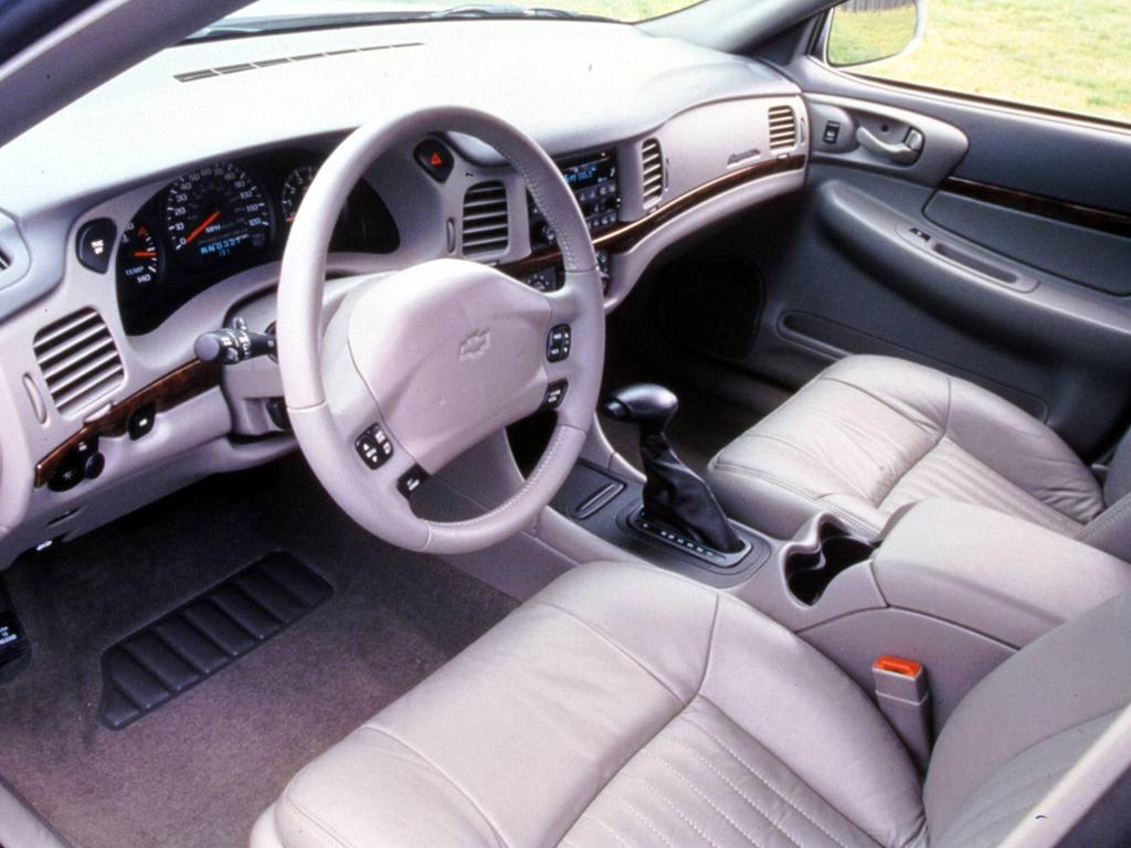 Chevrolet Impala 1999 foto - 5