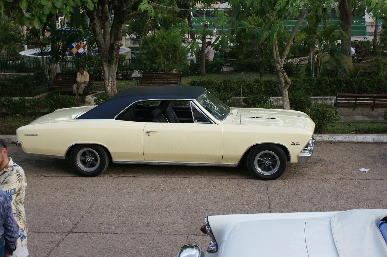 Chevrolet Malibu 1966 foto - 2