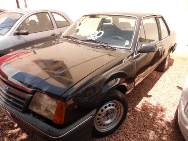Chevrolet Monza 1985 foto - 5