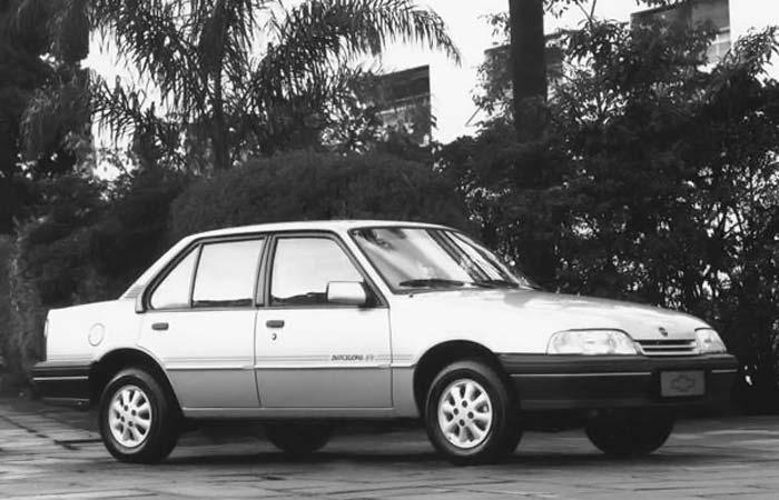 Chevrolet Monza 1992 foto - 4
