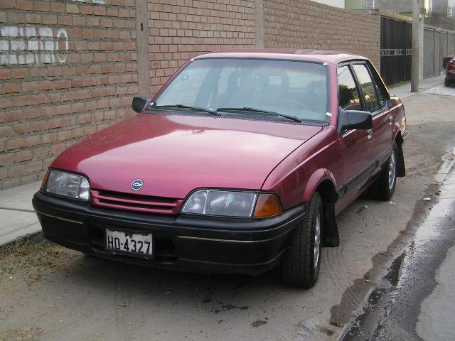 Chevrolet Monza 2000 foto - 2