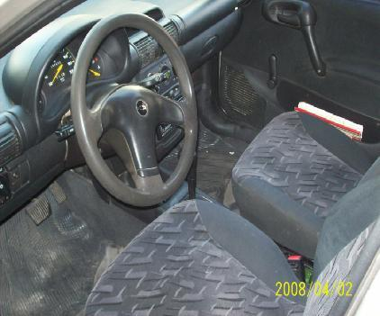 Chevrolet Monza 2000 foto - 3