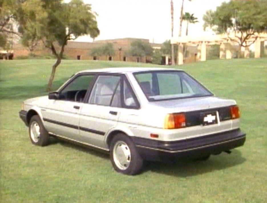 Chevrolet Nova 1985 foto - 4